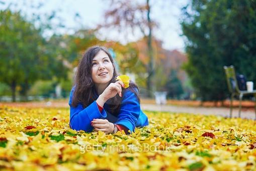 가을의 파리는...