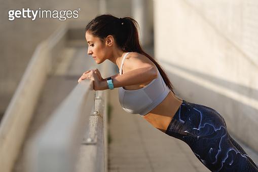운동하는여자