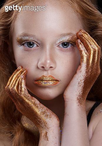 Sparkling makeup