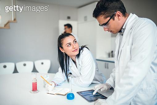 couple of chemists