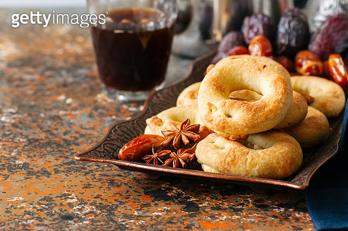 Traditional ring cookies