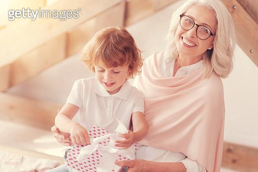 할머니와 재미있는 놀이
