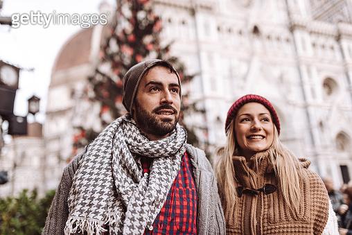 happiness tourist couple