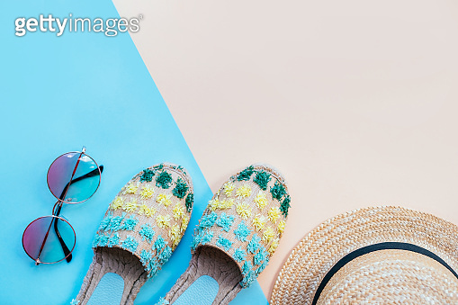 Summer fashion flatay