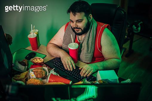 Overweight hacker