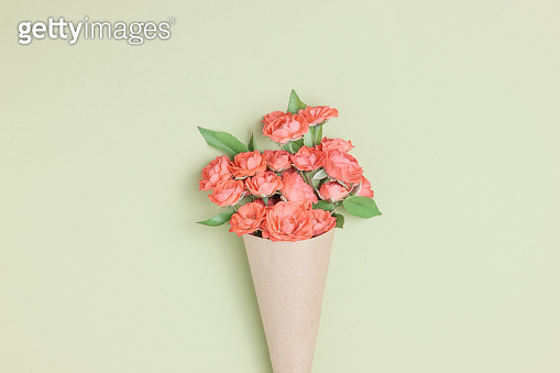 Bouquet of small red roses