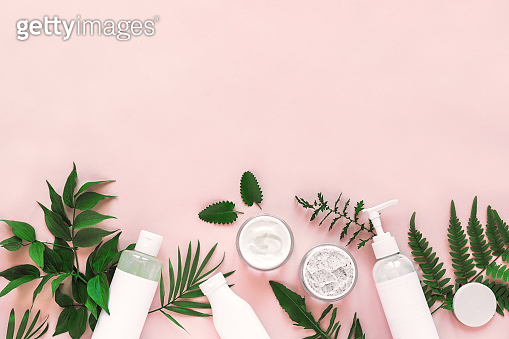 Natural cosmetics and leaves