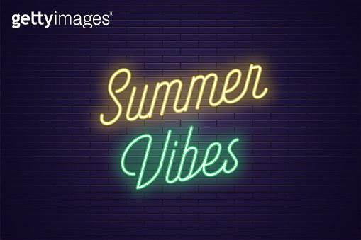 Neon lettering of Summer
