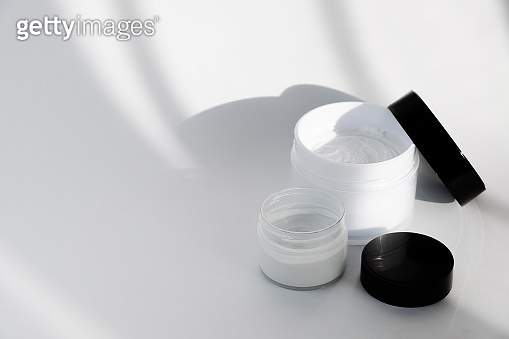 Facial cosmetic products