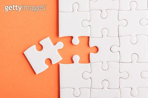 퍼즐 맞추기