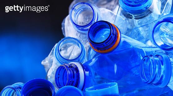 빈 생수병 플라스틱