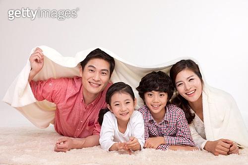 단란한 4인 가족