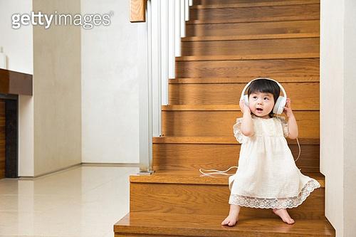 계단에서 놀기