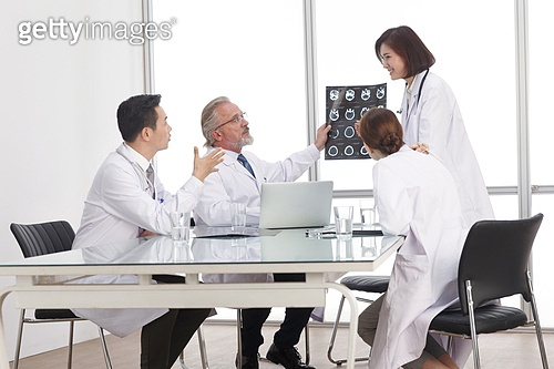 종합병원 의사