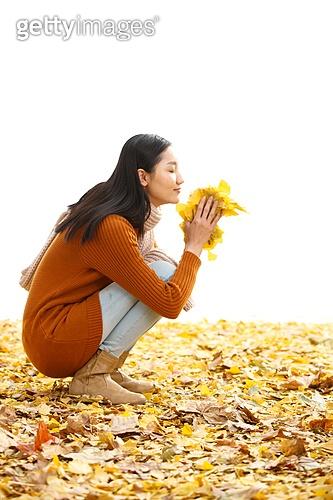 가을 여성