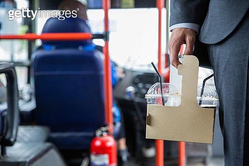 버스 음식물 반입