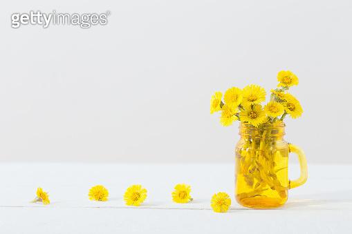 봄 꽃 화병