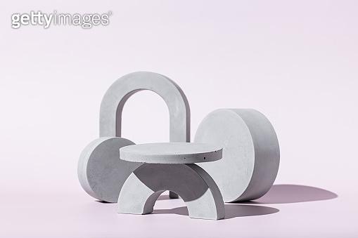 기하학적 회색 입체 도형