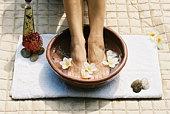 Body & Beauty - aromatherapy foot soak