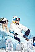 snowboarders in love
