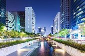 Cheonggyecheon stream at night
