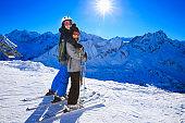 Snow skier - Skiing couple