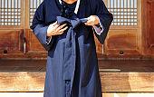 Tie a Hanbok string