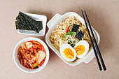 Instant noodles and kimchi cabbage