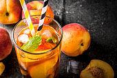 Iced peach tea