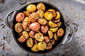 Pan Fried Yukon Gold Potatoes with Herb in Cast iron