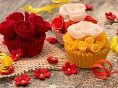 cupcake in the vintage arrangement