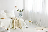 Inspiration to decorate basic bedroom