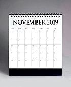 Simple desk calendar 2019 - November