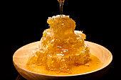 Honey hanging down Honeycomb
