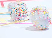 Cake pops in color frames