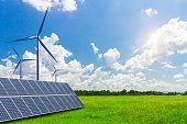 Solar energy and wind power in the vast grassland, new energy to solve future energy shortages