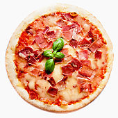 Meat  italian classic original pepperoni pizza with basil leaf isolated on white background, close up'n