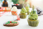 Decorated christmas cupcakes