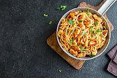 Spaghetti pasta with chicken