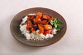 Vegetable stew in tomato gravy