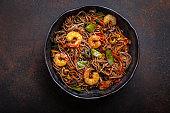 Stir fry noodles with shrimps and vegetables