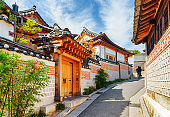 Old narrow street and traditional Korean houses in Seoul