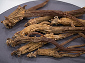 Dried ginseng dried