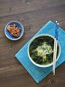 Korean food Seaweed soup Ramen