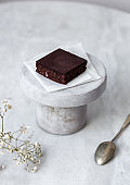 Vegan raw brownies