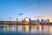 Portland, Oregon, USA skyline at dusk