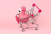 shopping cart with flamingo