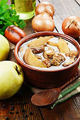 Stew meat with quince