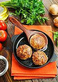 Burgers in the pan