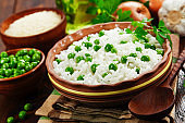 Rice with green peas